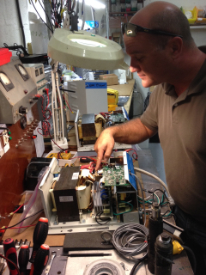 Trained To Repair Xantrex Inverters If You Purchased Your Inverter From E Marine Or Another Distributor And Are Experiencing Problems With The Product